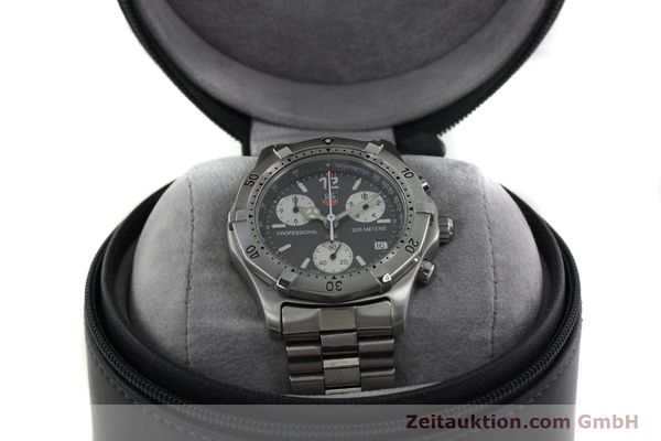 Used luxury watch Tag Heuer Professional chronograph steel quartz Kal. 4.98 ETA 251262  | 152256 07