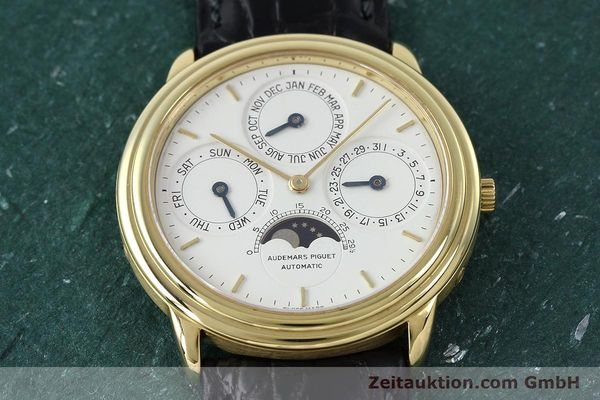 Used luxury watch Audemars Piguet Ewiger Kalender 18 ct gold automatic Kal. 2120/2 Ref. C75742  | 152293 17