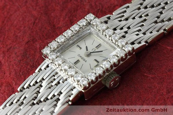 Used luxury watch Omega * 18 ct white gold manual winding Kal. 650 Ref. 8096  | 152316 01