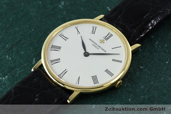 Used luxury watch Vacheron & Constantin * 18 ct gold manual winding Kal. 1003/1 Ref. 33051 VINTAGE  | 152339 01