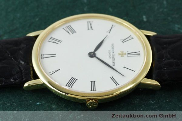Used luxury watch Vacheron & Constantin * 18 ct gold manual winding Kal. 1003/1 Ref. 33051 VINTAGE  | 152339 05
