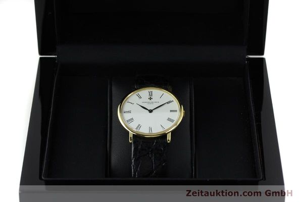 Used luxury watch Vacheron & Constantin * 18 ct gold manual winding Kal. 1003/1 Ref. 33051 VINTAGE  | 152339 07