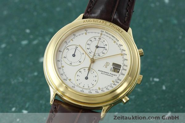 Used luxury watch Audemars Piguet * chronograph 18 ct gold automatic Kal. 2126  | 152487 04