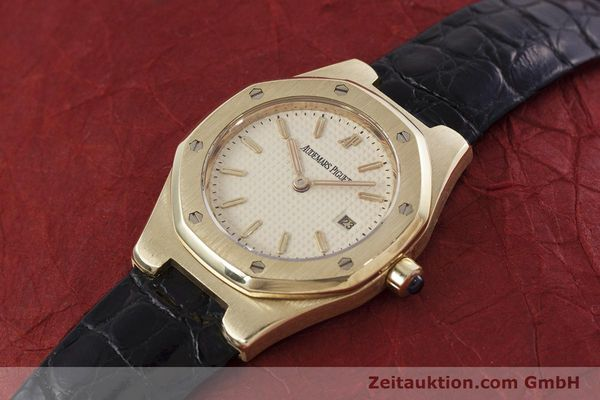 gebrauchte Luxusuhr Audemars Piguet Royal Oak 18k Gold Quarz Kal. 2610 Ref. D66579  | 152828 01