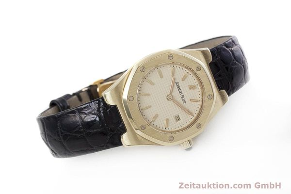 gebrauchte Luxusuhr Audemars Piguet Royal Oak 18k Gold Quarz Kal. 2610 Ref. D66579  | 152828 03