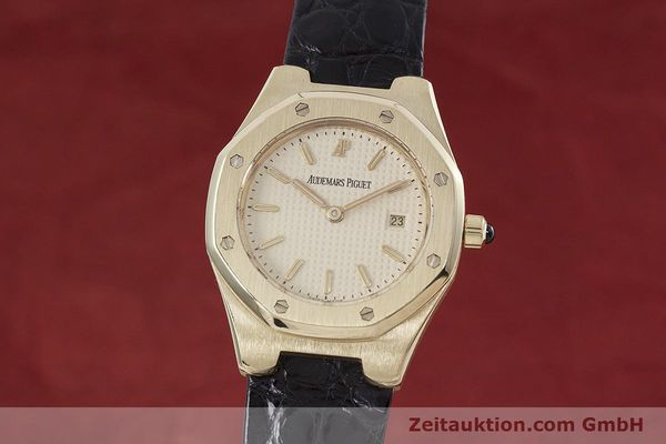 gebrauchte Luxusuhr Audemars Piguet Royal Oak 18k Gold Quarz Kal. 2610 Ref. D66579  | 152828 04