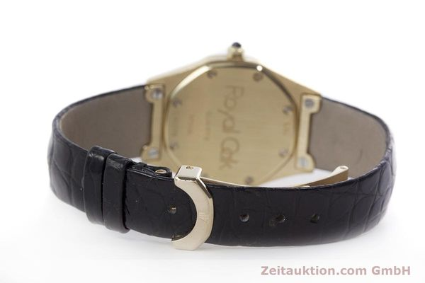 gebrauchte Luxusuhr Audemars Piguet Royal Oak 18k Gold Quarz Kal. 2610 Ref. D66579  | 152828 13