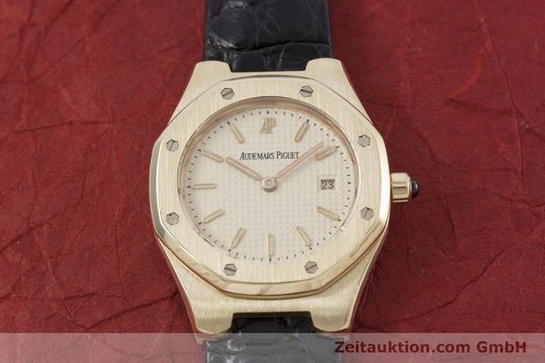 gebrauchte Luxusuhr Audemars Piguet Royal Oak 18k Gold Quarz Kal. 2610 Ref. D66579  | 152828 17