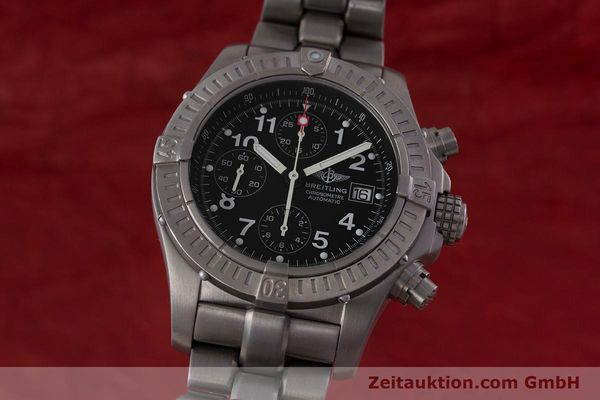 Used luxury watch Breitling Avenger chronograph titanium automatic Kal. B13 ETA 7750 Ref. E13360  | 152983 04