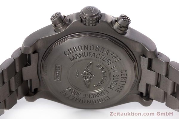 Used luxury watch Breitling Avenger chronograph titanium automatic Kal. B13 ETA 7750 Ref. E13360  | 152983 09