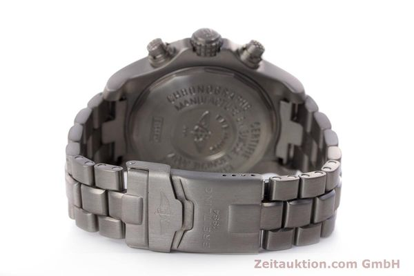 Used luxury watch Breitling Avenger chronograph titanium automatic Kal. B13 ETA 7750 Ref. E13360  | 152983 11