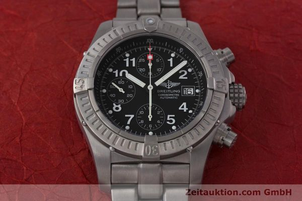 Used luxury watch Breitling Avenger chronograph titanium automatic Kal. B13 ETA 7750 Ref. E13360  | 152983 14