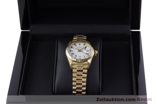 Used luxury watch Rolex Lady Date 18 ct gold automatic Kal. 2030 Ref. 6917  | 153244 07