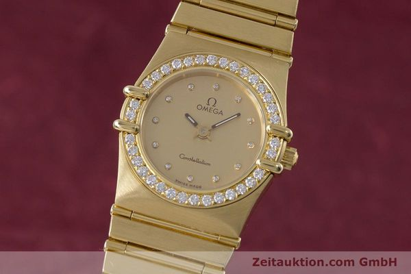 gebrauchte Luxusuhr Omega Constellation 18k Gold Quarz Kal. ETA 976.001  | 153292 04