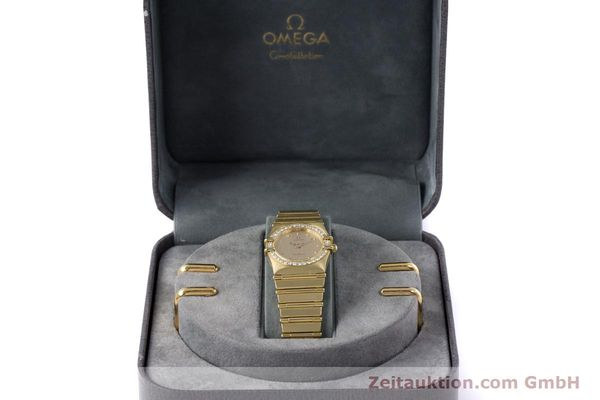 gebrauchte Luxusuhr Omega Constellation 18k Gold Quarz Kal. ETA 976.001  | 153292 07
