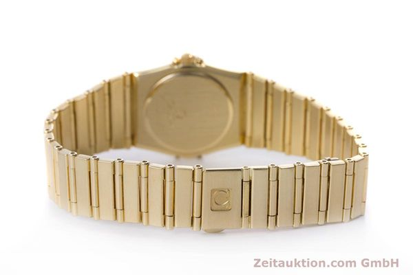 gebrauchte Luxusuhr Omega Constellation 18k Gold Quarz Kal. ETA 976.001  | 153292 11
