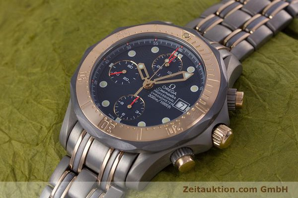 Used luxury watch Omega Seamaster chronograph titanium / gold automatic Kal. 1154 ETA 7750  | 153395 01
