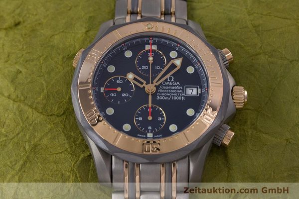 Used luxury watch Omega Seamaster chronograph titanium / gold automatic Kal. 1154 ETA 7750  | 153395 16