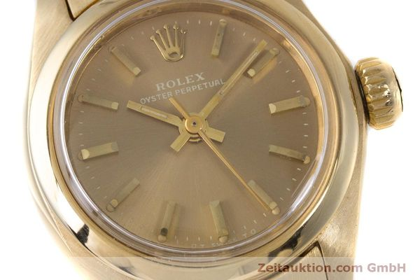 Used luxury watch Rolex Oyster Perpetual 18 ct gold automatic Kal. 2030 Ref. 6719 VINTAGE  | 153642 02