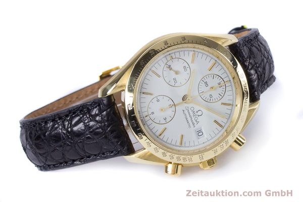 Used luxury watch Omega Speedmaster chronograph 18 ct gold automatic Kal. 1150 Valj. 7751  | 153711 03