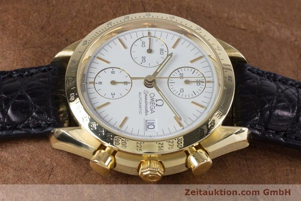 Used luxury watch Omega Speedmaster chronograph 18 ct gold automatic Kal. 1150 Valj. 7751  | 153711 05