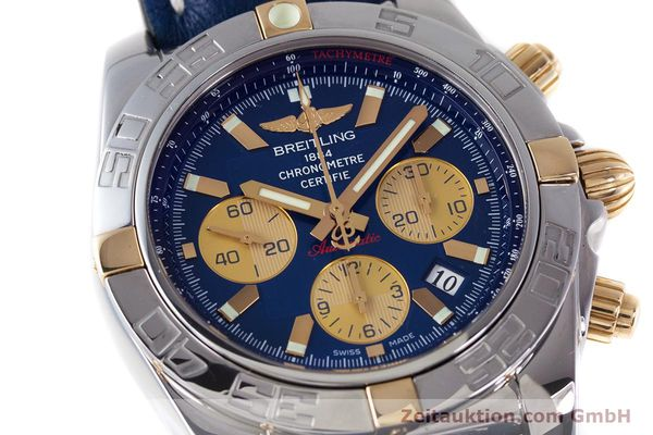 Used luxury watch Breitling Chronomat 44 chronograph steel / gold automatic Kal. B01 Ref. IB0110  | 160226 02