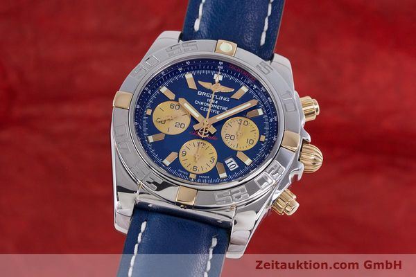 Used luxury watch Breitling Chronomat 44 chronograph steel / gold automatic Kal. B01 Ref. IB0110  | 160226 04