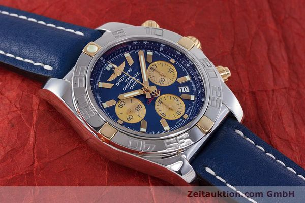 Used luxury watch Breitling Chronomat 44 chronograph steel / gold automatic Kal. B01 Ref. IB0110  | 160226 13